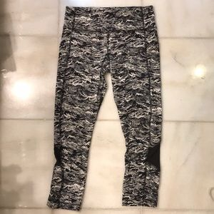 Lululemon Crop Leggings Mesh